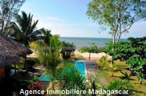 Location-annuelle-villa-plage-piscine-mahajanga.jpg