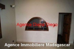 Location grande maison neuve quartier SCAMA Diego-Suarez4.jpg