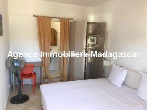 Vente-hotel-appartement-boutique-cœur-village-ambatoloka-nosybe-madagascar1.jpg