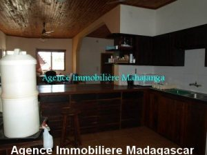 location-maison-vue-mer-100-m-plage-ville-mahajanga-madagascar1.jpg
