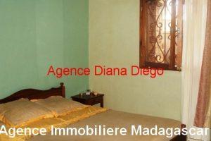 location-petite-maison-meublée-avec-trois-chambres-centre-ville-diego2.jpg