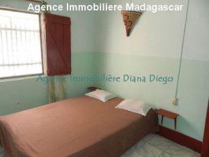 location-petite-maison-meublee-avec-trois-chambres-centre-ville-diego1.jpg