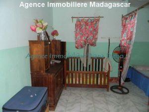 location-petite-maison-meublee-avec-trois-chambres-centre-ville-diego2.jpg