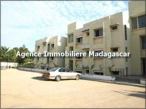 location-plusieurs-appartements-piscine-mahajanga-madagascar-2.jpg