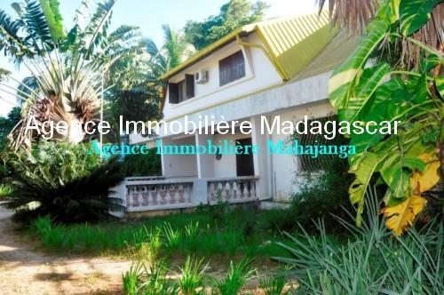 location-soma-beach-mahajanga-madagascar