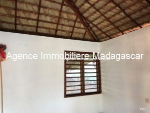vente-villa-ambatoloka-3-mn-plage-sable-blanc1.jpg