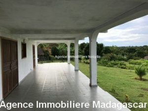 vente-villa-prevoir-finitions-ambondrona-nosybe-madagascar1.jpg