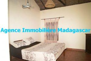 location-bungalow-plage-mahajanga-4.JPG
