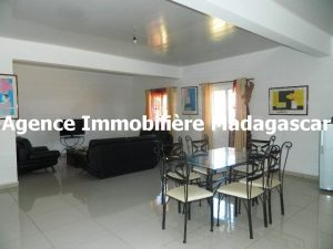 location-villa-meublee-diego-madagascar-3.JPG