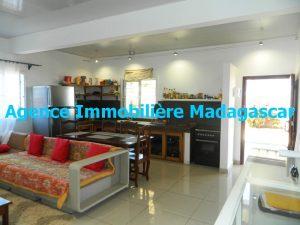 location-villa-meublee-diego-suarez-madagascar-1.JPG
