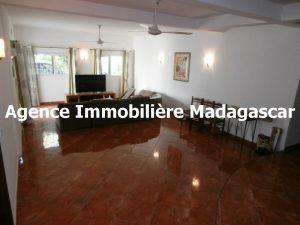 maison-mahajanga-madagascar-1.jpg