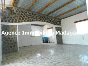 villa-en-vente-antanamitarana-diego-madagascar-1.JPG